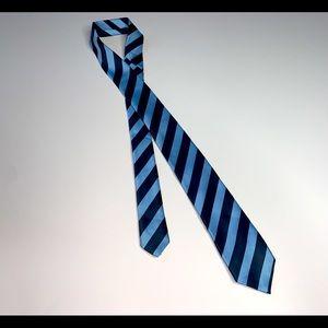 Children's Place boys blue stripes  tie sz 8-14yr.